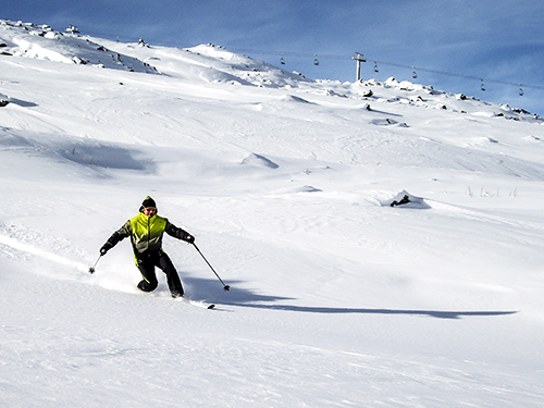 off-piste telemarking in courchevel 1850 with a ski guide
